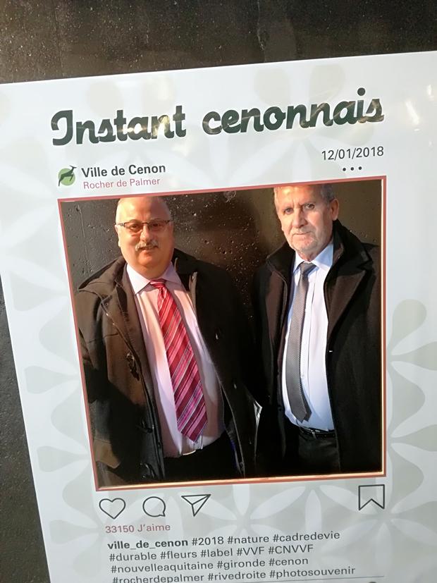 Le maire Fean Francois Egron, et le député de la Gironde Alain David se sont prêtés au jeu du faux selfie