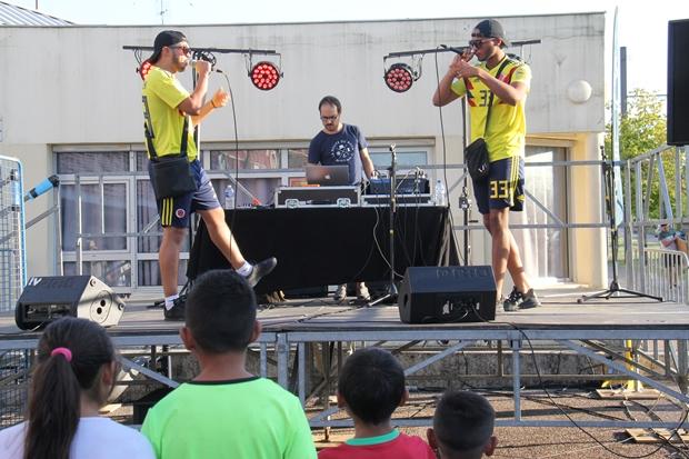RD Connex ouvre une soirée de toutes les couleurs musicales