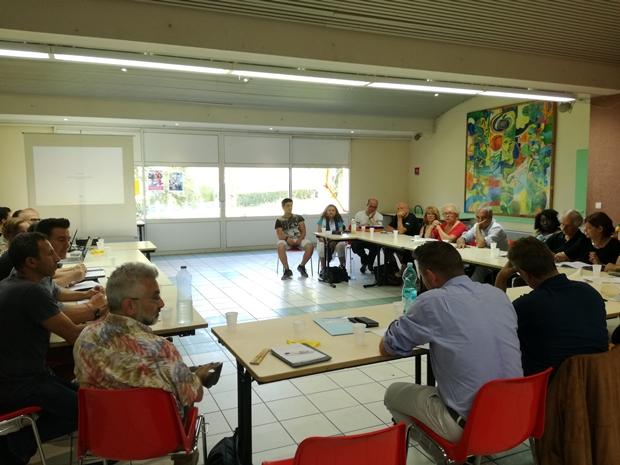 Travail avec élus et techniciens sur le projet de renouvellement urbain du bas Cenon