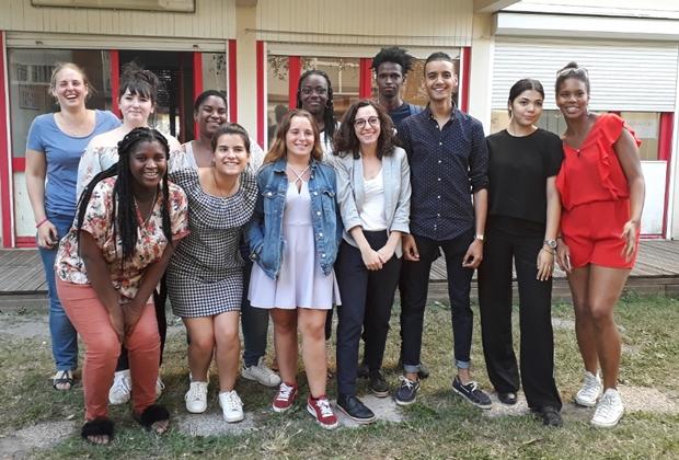 le groupe de just Motiv Aid , Coopérative Jeunesse services Rive droite 2018 CENON
