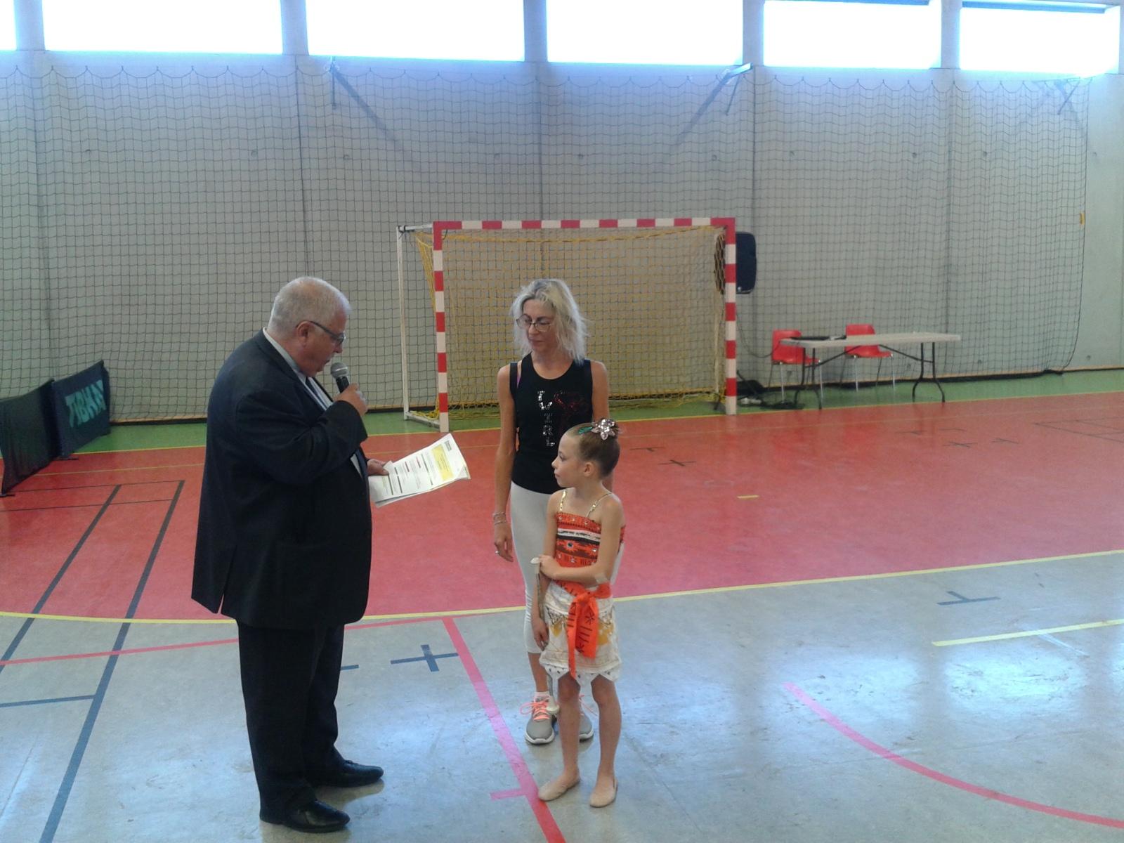 Alizé en finale de championnat de France de twirling
