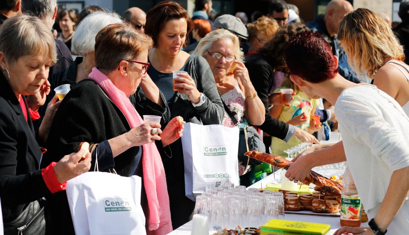 Septembre :  réception d'accueil des nouveaux Cenonnais