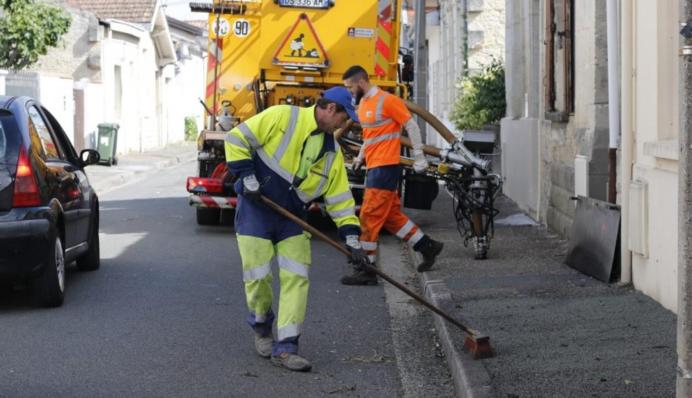 Les services municipaux bichonnent votre rue !