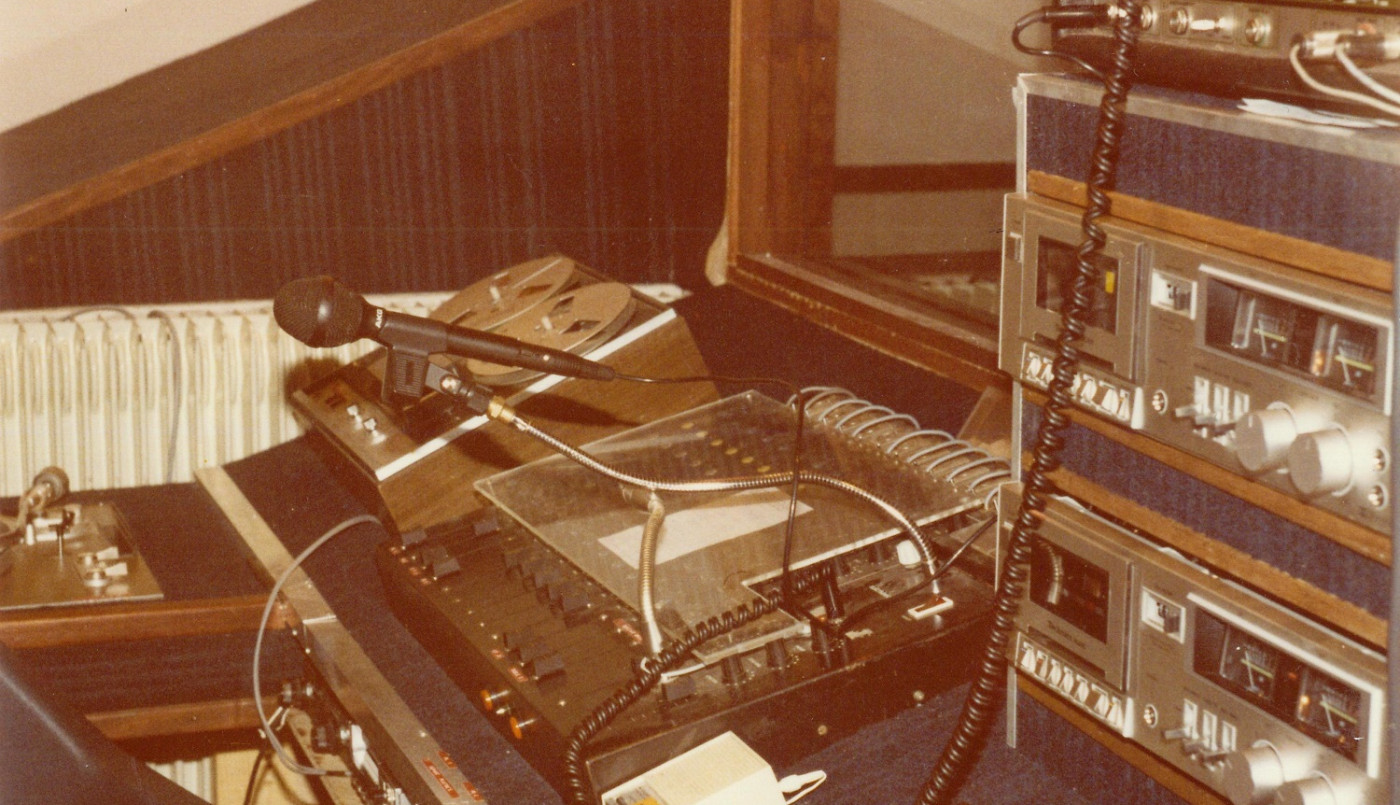 De Radio Rive Droite à o2 Radio: 40 ans de radio libre !